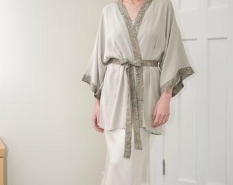 Silk kimono-style dressing gown