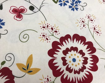 Shabby Chick Floral Cloth Fabric 1/2 yard