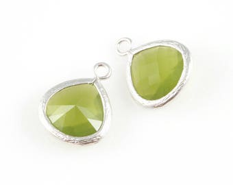 2pcs Dark Olivine Faceted Glass Charm in Rhodium, Framed Drop Glass Bead / Gems / Silver / Dark Olivine / 13mm x 16mm / GDORH-002-P (Medium)