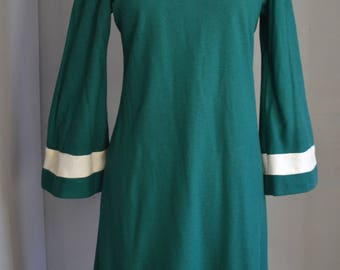 1960's Emerald Green Wool Shift Dress