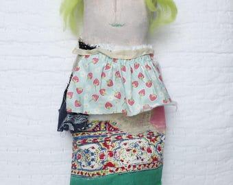 Primitive Ragdoll - gemalt Prim Puppe - Womens Puppe - Primitive Folk Puppe - Geschenk für ihre - weiche Skulptur - Prim Stoffpuppe