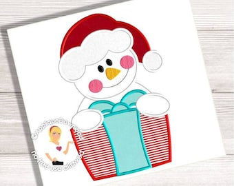 Snowman with Christmas Gift - Embroidery Applique - 3 Sizes - Instant EMAIL With Download - for Embroidery Machines