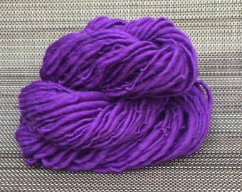 Handspun Yarn, Merino Wool Yarn, Thick and Thin Yarn, Bulky Yarn, Knitting and Crochet Supplies, 53 yds