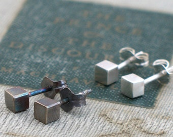 Tiny Silver Cube Studs- minimal modern studs, everyday tiny studs, modern square studs, square studs silver, tiny cube studs