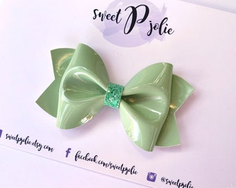 Spring Green Faux Patent Leather Hair Bow // Light Green Pastel Hair Clip Headband // Spring Large Girls Newborn Baby Toddler Mini