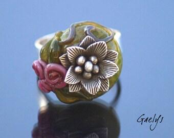 Sélène - Bague verre bouquet de rose et fleur d'argent - taille 57 - pièce unique - Gaelys