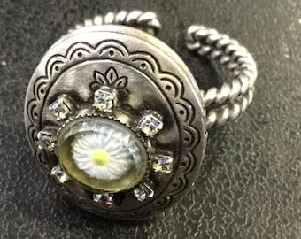 Locket ring ,konplott ,designer