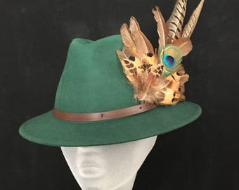 ARABELLA Ladies Green Wool Felt Trilby with Pheasant Feather Trim - Perfect for Cheltenham Races, Grand National, Country hat, Ladies Day