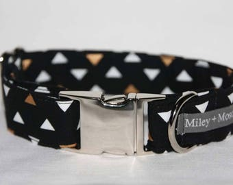 The Golden Triangle Collar