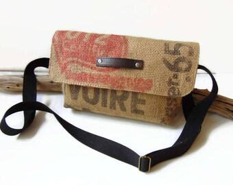 Bag of rectangular shape in coffee burlap - Burlap by Pleasant Home shoulder bag