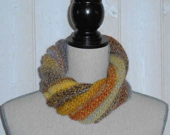 Collar snood wool in autumn colors