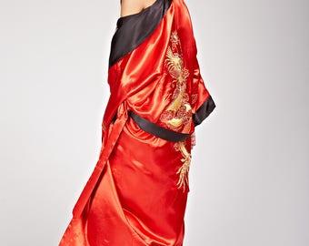 Reversible kimono embroidered Asian style dragon