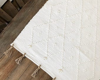Rug 100% recycled cotton, and fringes of linen