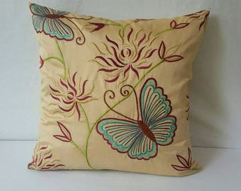 Butterfly Pillow, botanical  decorative  Pillow, fall season pillow. Living room Cushion 18x 18 Pillow