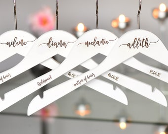 SET OF 7 Bridesmaid Hangers, Bridesmaid Gift, Bridal Party Hangers, Dress Hanger, Wedding Dress Hangers, Personalized Hangers H04