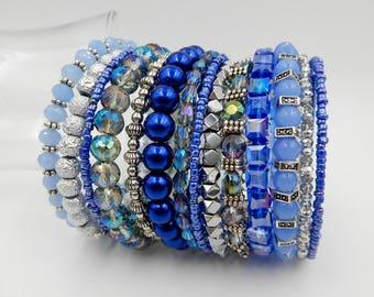 Blue wrap bracelet, blue memory wire bracelet, memory wire wrap bracelet, beaded cuff bracelet, blue wrap bracelet, stacked bracelet