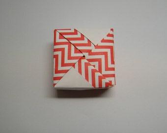 Square origami box