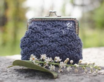 "Clutches, purses crochet clic-clac mod. ""Canestrello""-100% cotton blue"