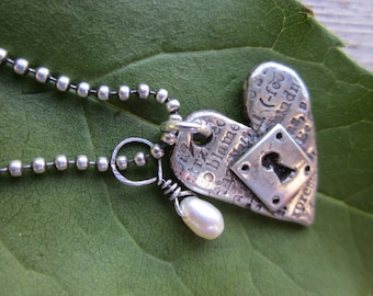 Word-Stamped Locked-Heart Pendant/ Fine Silver/ Rustic/ Montage