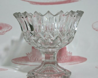 Snowflake Cut Glass Effect Vintage Glass Ice Cream Bowl