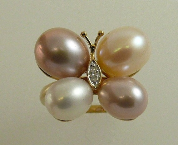 Multicolor Freshwater Pearl Ring with Diamonds 0.02ct and 18k Yellow Gold