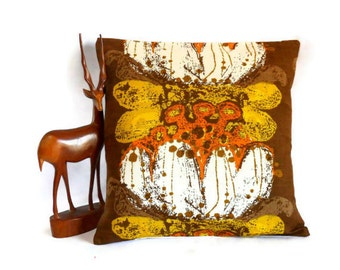 Boras Retro cushion pillow - Scandi Swedish design 70s Vintage Fabric