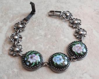 Floral Bracelet Russian Finift  Enamel Daffodils 7 Inch Blue Purple Vintage 071815AR