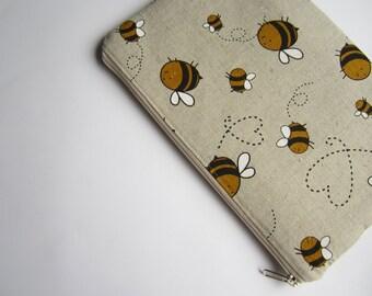 Linen bees MacBook 11 sleeve, MacBook Air 11 case, MacBook 11 Cover, Laptop Sleeve Cover Case, MacBook case, Padded