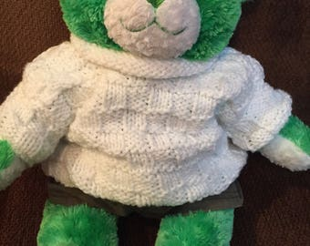 Handmade sweater for bear