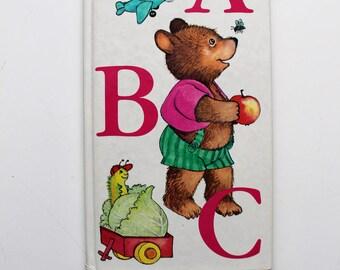 Cyndy Szekeres' Abc Board Book 1983