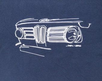 BMW 2002 Custom hand-drawn grille T-shirt