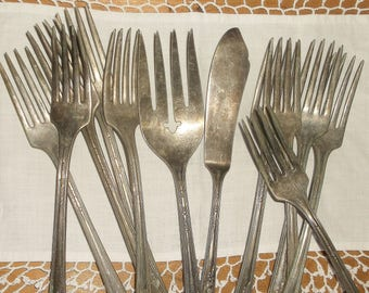 12 vintage Shabby Worn MEADOWBROOK Silverware Forks and Butter Knife • WM A. Rogers A1 Plus . Oneida LTD