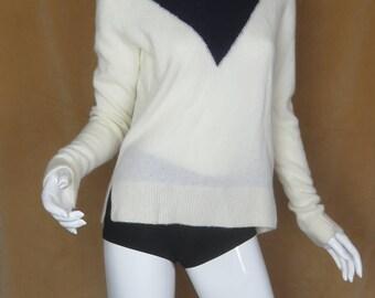 Two Tone Sweater Size Medium Cozy Fuzzy Sweater