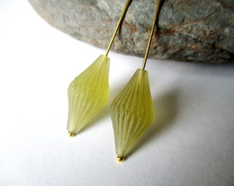 Frosted Olive Quartz carved matched pair