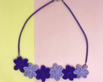 Flowersss Necklace – Lavenda