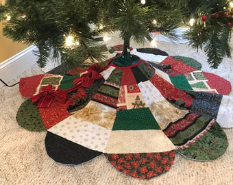 Very Christmas Reversible Tree Skirt