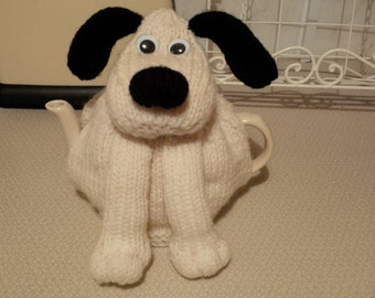Large dog tea cosy made with Aran wool