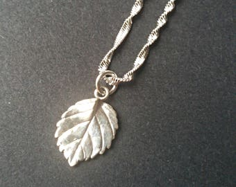 Sterling Silver Leaf Necklace, leaf jewelry, nature necklace, leaf charm, leaf pendant, dainty necklace, everyday necklace, silver leaf