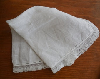 Vintage  White Lace Ladies Handkerchief  Hanky