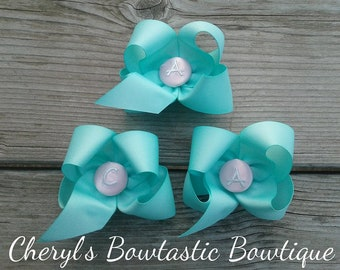 Button bow, Monogram bow, Initial bow, Monogram button bow, Customized hair bow, Boutique bow, Customizable bow. Choose color & more
