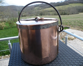 "Ancient Copper Stew Pot/Casserole/Marmite/Stock Pan. With Cast Iron swing Handle . Dovetailed Seams   8.7"" / 22cm,  6.87lbs / 3.1kg,"