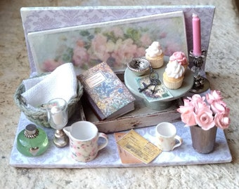 Vintage Set with roses