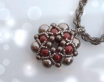 Beading Tutorial Dorothy Pendant, Beadwork PDF Pattern with Swarovski Crystal Pearls and japanese seed beads
