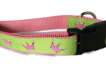 Dog Collar, Pink Crowns, 1 inch wide, adjustable, quick release, medium, 13-19 inches