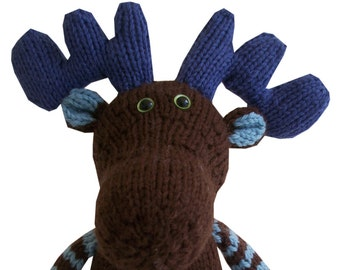 Blueberry the Moose PDF Knitting Pattern