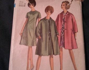 Vintage 1966 Simplicity Dress/Coat Pattern 6933 Size 18