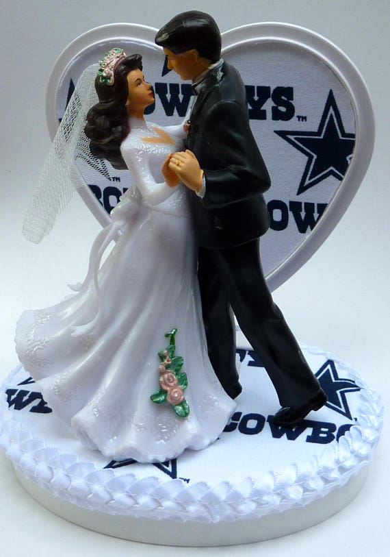 wedding cake toppers dallas tx wedding cake topper dallas cowboys themed white fabric 26447