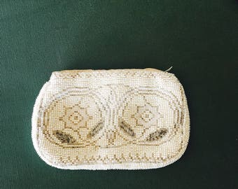 Vintage Beaded Coin Purse Evening Bag Lined Zipper Closure Beige And Silver
