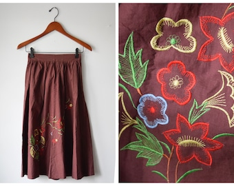 Vintage Indian embroidered skirt | size 25
