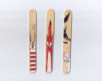 Wood Bookmarks with Unique Illustration [Animals, Rabbit, Fox, Wolf] - Set of 3
